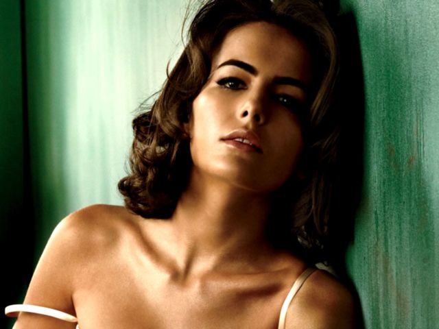Camilla Belle - Camilla Belle (born October 2, 1986) is an American actress. Her works include When a Stranger Calls, 10,000 BC, The Quiet, Push, and Breakaway. - , Celebrity, Camilla, Belle, American, actress, 10_000_BC, The_Quiet, Push - Play puzzles with Camilla Belle or send Camilla Belle puzzle ecards to your friends </td><td valign=