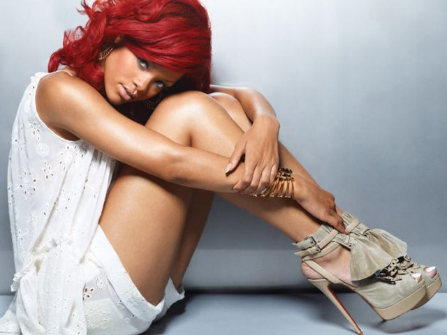 Robyn Rihanna Fenty - Rihanna - Robyn Rihanna Fenty -(born February 20, 1988  in Saint Michael, Barbados,), better known as simply Rihanna , is a Barbadian pop/R&B recording artist and songwriter. - , Celebrity, Robyn, Rihanna, Fenty, pop/R&amp;B, recording, artist, songwriter - Play puzzles with Robyn Rihanna Fenty - Rihanna or send Robyn Rihanna Fenty - Rihanna puzzle ecards to your friends </td><td valign=