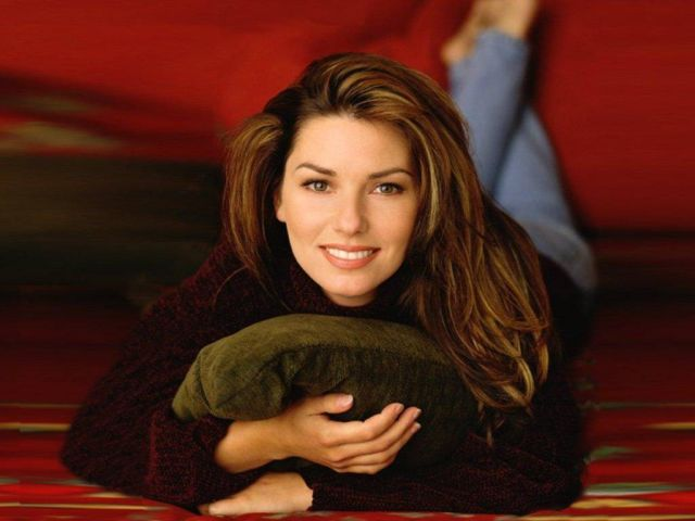 Shania Twain - Shania Twain, OC (pronounced /ʃəˈnaɪ.ə ˈtweɪn/; born Eilleen Regina Edwards; August 28, 1965) is a Canadian country pop singer-songwriter. She rose to fame in the mid 1990s with her album The Woman In Me (1995), and achieved worldwide success with her 1997 album Come On Over, which became the best-selling album of all time by a female musician, and the best selling country album of all time. It has sold over 39 million copies worldwide and is the 9th bestselling album in the U.S. - , Celebrity, Shania, Twain, Eilleen, Regina, Edwards, Canadian, country, pop, singer-songwriter - Play puzzles with Shania Twain or send Shania Twain puzzle ecards to your friends </td><td valign=