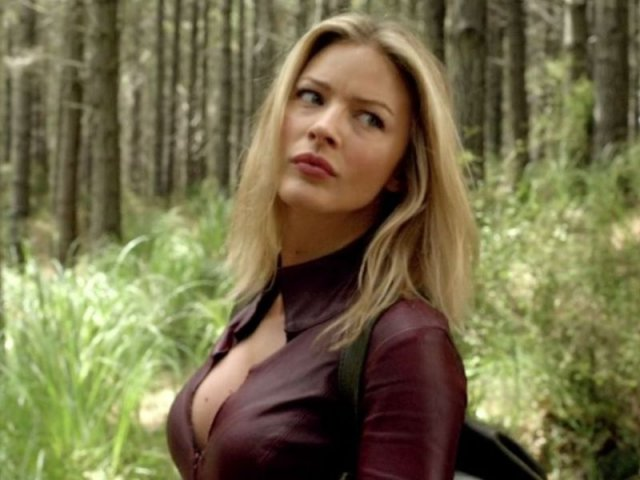 Tabrett Bethell - Tabrett Bethell (born May 1981) is an Australian film, television and theater actress, best known for portraying the character Cara in the television series Legend of the Seeker. Prior to her acting career, she worked as a fashion model from the age of 16,and as a cheerleader for the National Rugby League (NRL) Cronulla-Sutherland Sharks. - , Celebrity, Tabrett, Bethell, Australian, film, television, theater, actress, Cara, Legend_of_the_Seeker, fashion, model - Play puzzles with Tabrett Bethell or send Tabrett Bethell puzzle ecards to your friends </td><td valign=