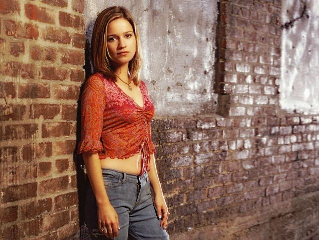 Anna Belknap - Anna Belknap (born on May 22, 1972 in Damariscotta, Maine U.S.) is an American actress. She is known for her role as Lindsay Monroe on CSI: NY - , Celebrity, Anna, Belknap, American, actress - Play puzzles with Anna Belknap or send Anna Belknap puzzle ecards to your friends </td><td valign=