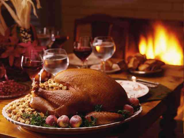 Thanksgiving Dinner - Tasty Thanksgiving Dinner - , Thanksgiving, holidays, greeting, greetings, ecard, ecards - Play puzzles with Thanksgiving Dinner or send Thanksgiving Dinner puzzle ecards to your friends </td><td valign=