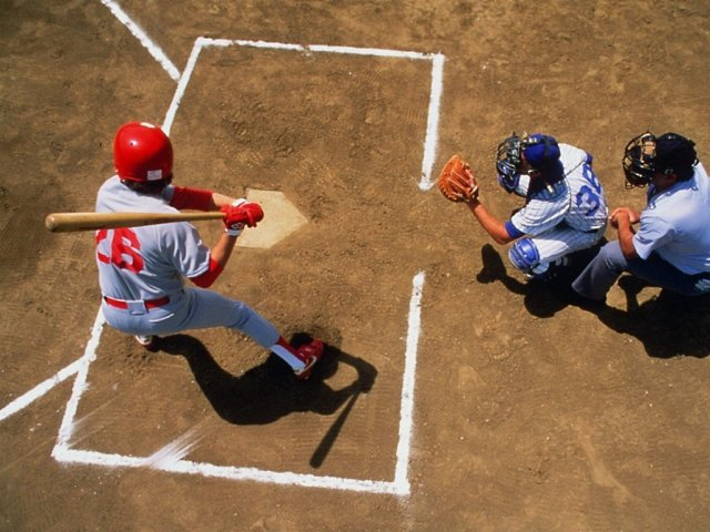 Baseball - Baseball - , Baseball - Play puzzles with Baseball or send Baseball puzzle ecards to your friends </td><td valign=