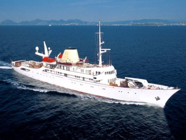 Maria Callas Yacht - Maria Callas Yacht - , Yachts, Ships, Maria, Callas, Yacht - Play puzzles with Maria Callas Yacht or send Maria Callas Yacht puzzle ecards to your friends </td><td valign=