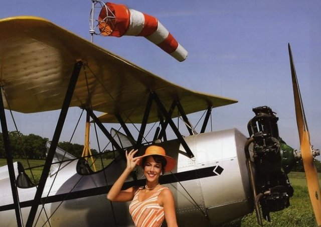 Airplane ww2 with pretty girl - Airplane ww2 with pretty girl - , Aircraft, Airplane, pretty, girl - Play puzzles with Airplane ww2 with pretty girl or send Airplane ww2 with pretty girl puzzle ecards to your friends </td><td valign=