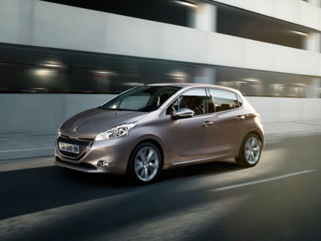 Peugeot - 208 - New view of Peugeot-208 - 2013 - , Cars, Peugeot-208, -, 2013 - Play puzzles with Peugeot - 208 or send Peugeot - 208 puzzle ecards to your friends </td><td valign=