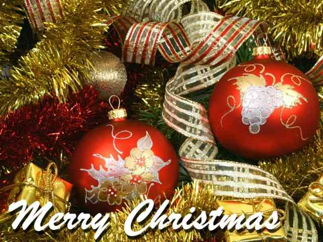 Traditional Christmas ecard - A beautiful Traditional Christmas ecard with nice Chrismas Tree globes - , christmas, greeting, greetings, ecard, ecards, holidays - Play puzzles with Traditional Christmas ecard or send Traditional Christmas ecard puzzle ecards to your friends </td><td valign=