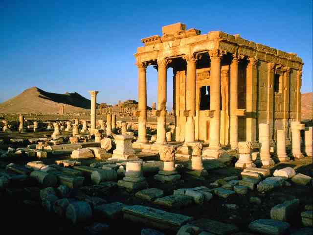 Palmyra Ruins - Palmyra Ruins in Syria - , Palmyra, Ruins, Syria, places, travel - Play puzzles with Palmyra Ruins or send Palmyra Ruins puzzle ecards to your friends </td><td valign=