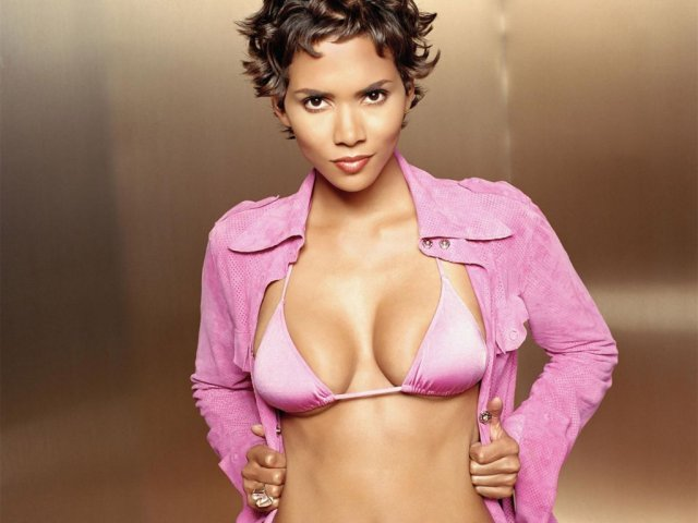 Halle Berry_1 - Halle Berry_1 - , Halle, Berry_1 - Play puzzles with Halle Berry_1 or send Halle Berry_1 puzzle ecards to your friends </td><td valign=